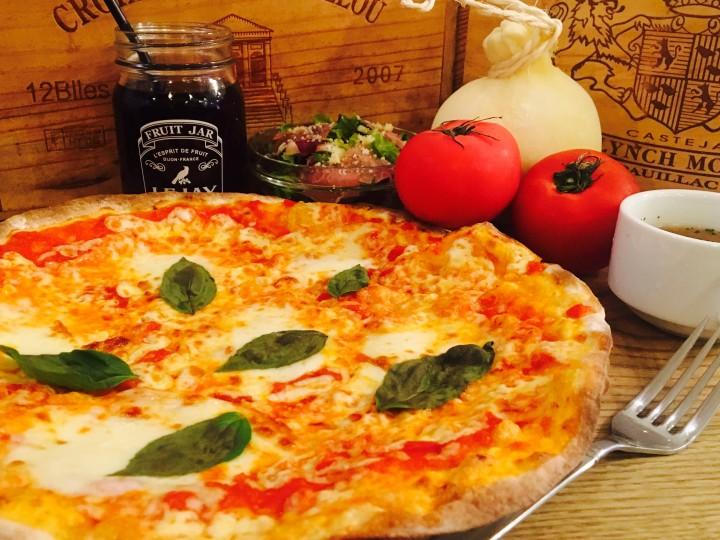 カチョカヴァロチーズの マルゲリータセット<br>(サラダ スープ ドリンク付き)